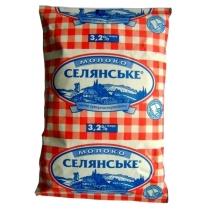 Молоко суперпастеризованное Селянське 3,2%